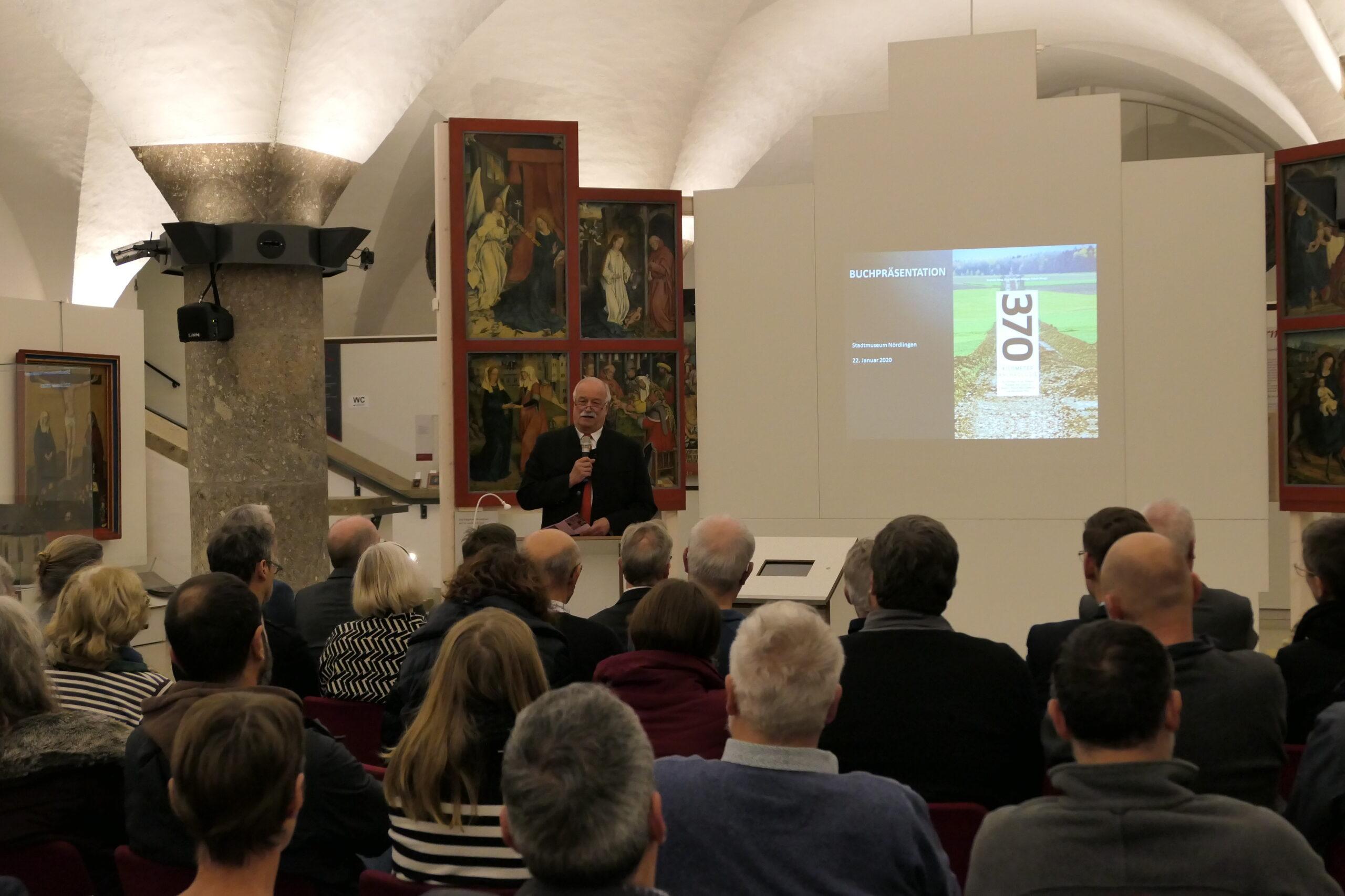 Aufmerksames Auditorium am 22. Januar 2020 in Nördlingen (Bild 1)